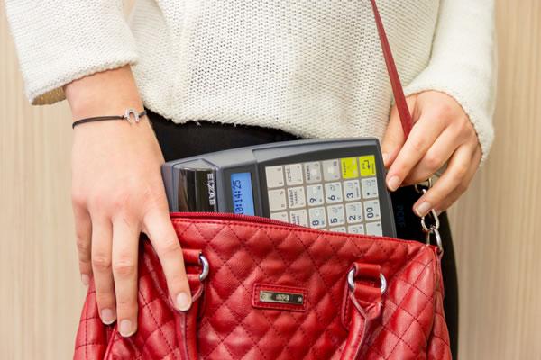 Kasa fiskalna Elzab Mini E - Jest naprawdę mała!